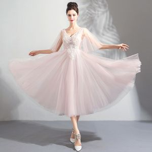 Chic / Beautiful Pearl Pink Homecoming Graduation Dresses 2018 A-Line / Princess V-Neck 1/2 Sleeves Appliques Lace Beading Tea-length Ruffle Backless Formal Dresses