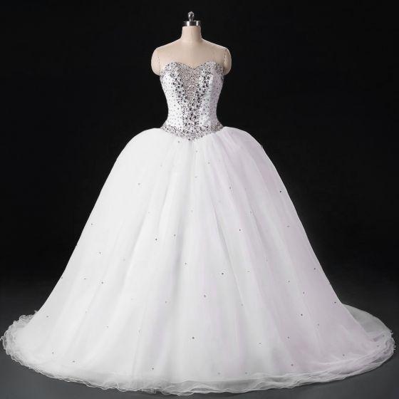 Błyszczące Białe Suknie ślubne 2017 Bez Pleców Kochanie Bez Rękawów