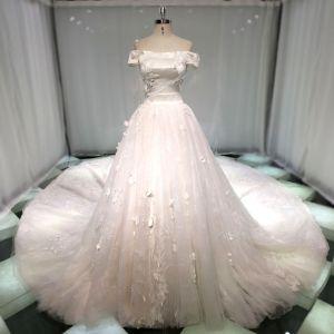 Meilleur Champagne Robe De Mariée 2019 Princesse De l'épaule Manches Courtes Dos Nu Appliques En Dentelle Perle Paillettes Perlage Cathedral Train