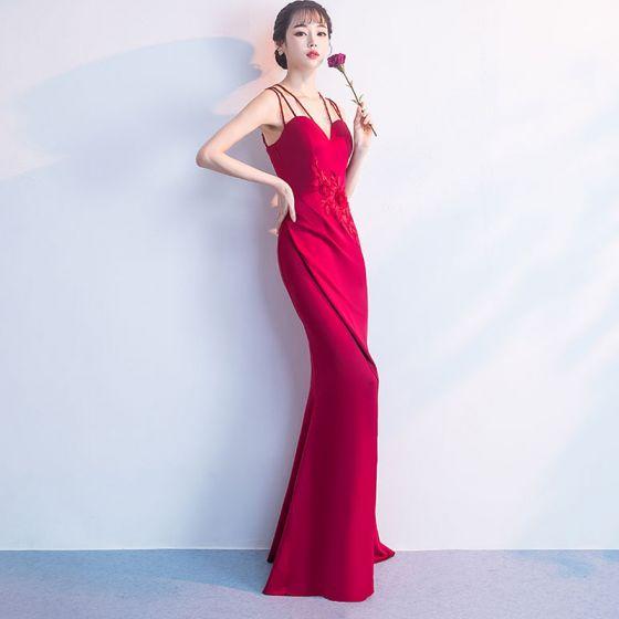 877f6201b Único Rojo Vestidos de noche Largos 2018 Trumpet   Mermaid V-Cuello  Charmeuse Apliques Sin Espalda Rebordear Vestidos Formales
