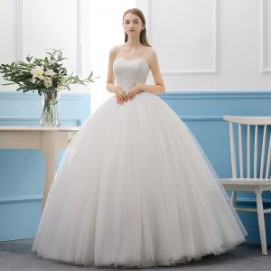Modest / Simple Ivory Wedding Dresses 2019 Ball Gown Lace Sweetheart Sleeveless Backless Floor-Length / Long