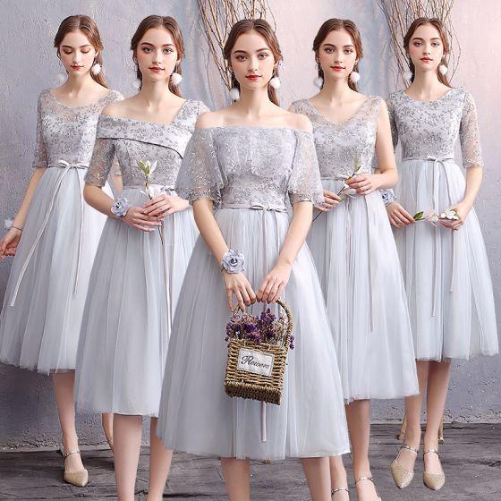 Affordable Grey Bridesmaid Dresses 2019 A-Line / Princess Appliques Lace Sash Short Ruffle Backless Wedding Party Dresses
