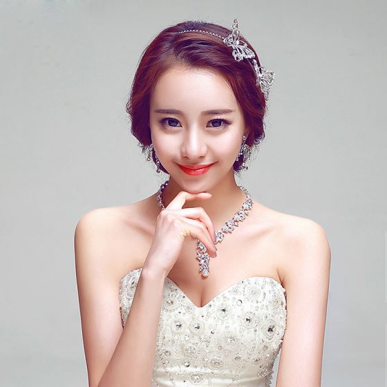 Fashion White Or Red Bridal Headpiece / Earring / Necklace Three-piece