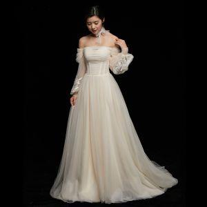 Schlicht Champagner Brautkleider 2018 A Linie Mit Spitze Off Shoulder Rückenfreies 3/4 Ärmel Hof-Schleppe Hochzeit