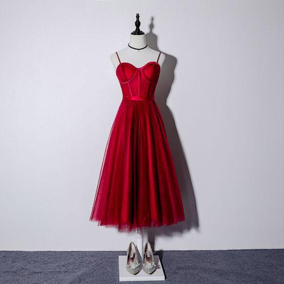 Chic / Beautiful Burgundy Homecoming Graduation Dresses 2019 A-Line / Princess Spaghetti Straps Sleeveless Sash Glitter Tulle Tea-length Ruffle Backless Formal Dresses