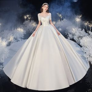 Fashion Champagne Satin Bridal Wedding Dresses 2020 Ball Gown Square Neckline Short Sleeve Backless Cathedral Train Ruffle