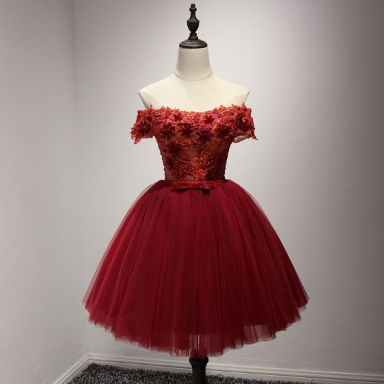 Modern / Fashion Red Party Dresses 2017 Cascading Ruffles Short Ball Gown Off-The-Shoulder Short Sleeve Backless Lace Appliques Beading Bow Sash Formal Dresses