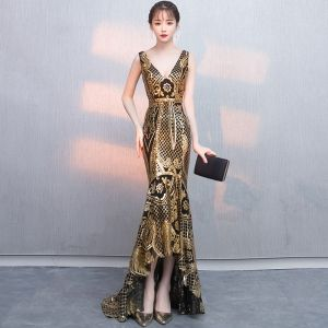Sexy Black Gold Sequins Evening Dresses  2018 Trumpet / Mermaid V-Neck Sleeveless Asymmetrical Ruffle Backless Formal Dresses