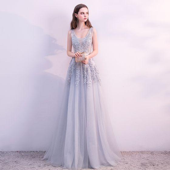 Schöne Grau Abendkleider 2018 A Linie Spitze Blumen Perle Pailletten Stoffgürtel U-Ausschnitt Ärmellos Rückenfreies Lange Festliche Kleider