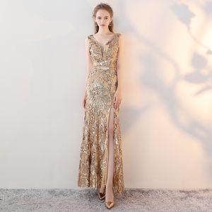 Mode Gold Abendkleider 2017 Mermaid V-Ausschnitt Ärmellos Pailletten Metall  Stoffgürtel Gespaltete Front Knöchellänge Rückenfreies 18fde4ee8c