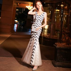 Chic / Beautiful Ivory Evening Dresses  2019 Trumpet / Mermaid V-Neck Sleeveless Striped Sequins Floor-Length / Long Ruffle Backless Formal Dresses