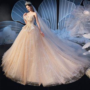 Chic / Belle Champagne Robe De Mariée 2020 Robe Boule Amoureux Dos Nu Sans Manches Perlage Glitter Tulle Cathedral Train Volants