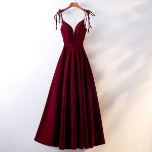 Chic / Beautiful Burgundy Evening Dresses  2019 A-Line / Princess Spaghetti Straps Suede Sash Sleeveless Backless Floor-Length / Long Formal Dresses