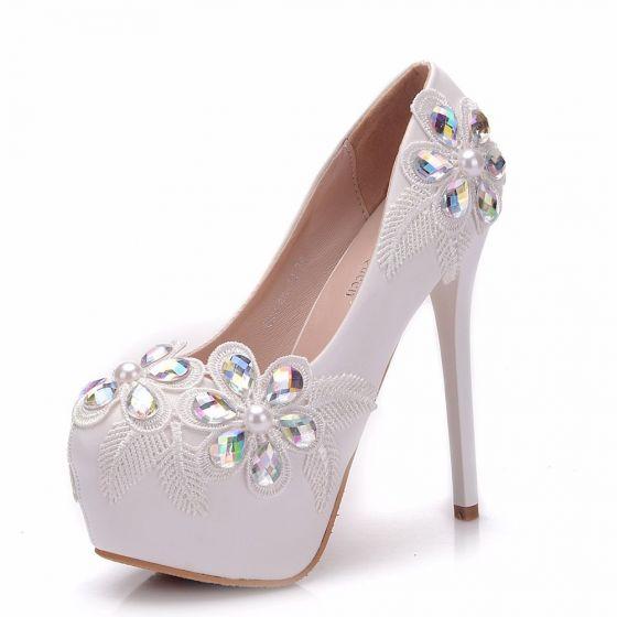 1c0bb46c87d Modern / Fashion White Wedding Shoes 2018 Lace Crystal 14 cm Stiletto Heels  Round Toe Wedding Pumps