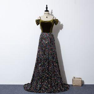 Glittrande Multi-Färger Paljetter Aftonklänningar 2020 Prinsessa Spaghettiband Korta ärm Svep Tåg Ruffle Halterneck Mocka Formella Klänningar