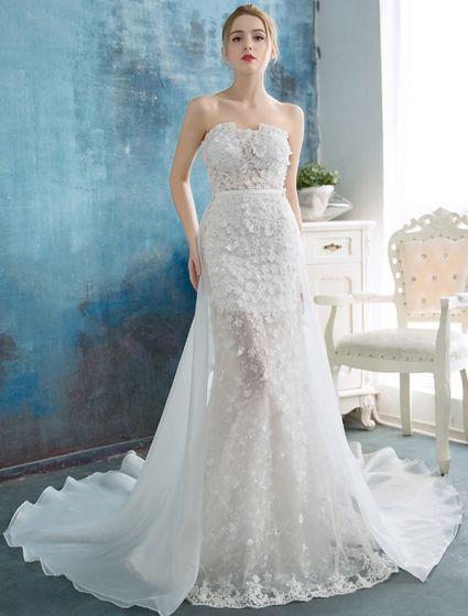 Stunning Beach Wedding Dresses 2016 Mermaid Strapless Applique Lace Flowers Detachable Train Bridal Gown