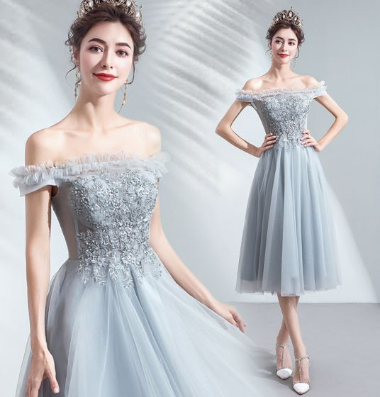 Chic / Beautiful Grey Homecoming Graduation Dresses 2019 A-Line / Princess Ruffle Off-The-Shoulder Beading Lace Flower Sequins Short Sleeve Backless Tea-length Formal Dresses