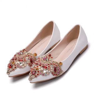 Chic / Beautiful White Casual Womens Shoes 2018 Crystal Rhinestone Pointed Toe Flat