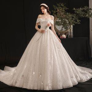 Stilig Elfenben Bröllopsklänningar 2019 Balklänning Av Axeln Paljetter Korta ärm Halterneck Royal Train