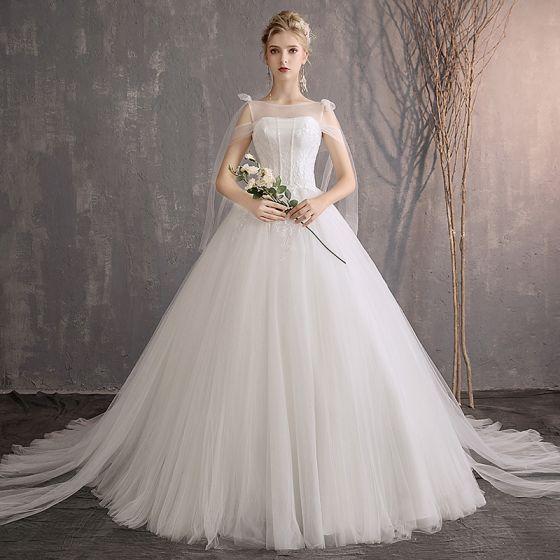 Elegante Ivory / Creme Brautkleider / Hochzeitskleider 2019 A Linie Spitze Pailletten Schultern Ärmellos Rückenfreies Kapelle-Schleppe