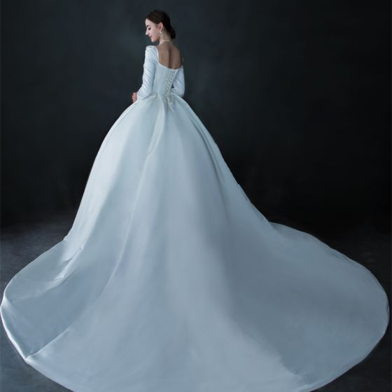 Vintage / Retro Ivory Satin Winter Bridal Wedding Dresses 2021 Ball Gown Square Neckline Long Sleeve Backless Cathedral Train Ruffle