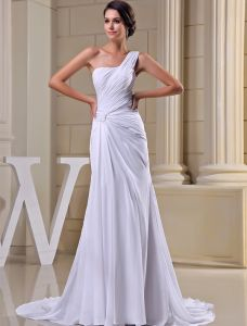 2015 Simple Sheath One Shoulder Pleated Sweep Train Wedding Dress Bridal Gown