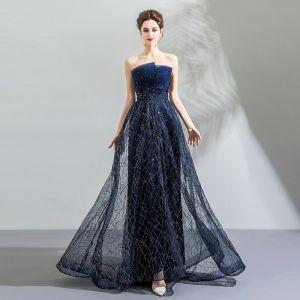 Bling Bling Marineblau Abendkleider 2018 Empire Bandeau Ärmellos Kristall Pailletten Sweep / Pinsel Zug Rüschen Rückenfreies Festliche Kleider