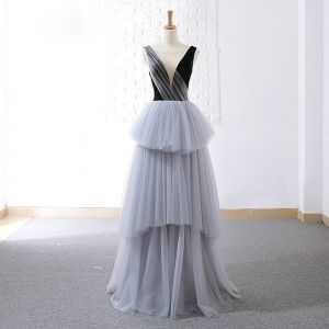 Modern / Fashion Grey Black Prom Dresses 2018 A-Line / Princess See-through Scoop Neck Sleeveless Floor-Length / Long Backless Cascading Ruffles Formal Dresses