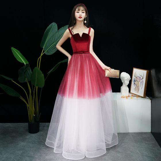 Mode Burgunderrot Farbverlauf Abendkleider 2019 A Linie Schultern Ärmellos Stoffgürtel Lange Rüschen Rückenfreies Festliche Kleider