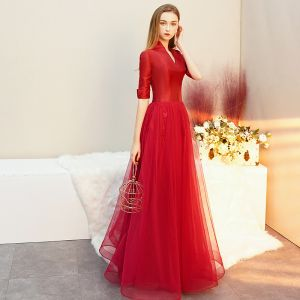 Vintage / Retro Red Satin Evening Dresses  2019 A-Line / Princess V-Neck 1/2 Sleeves Floor-Length / Long Ruffle Formal Dresses
