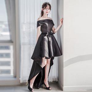 Mooie / Prachtige Zwarte Cocktailjurken 2018 A lijn Uit De Schouder Korte Mouwen Kralen Gordel Asymmetrisch Ruglooze Gelegenheid Jurken