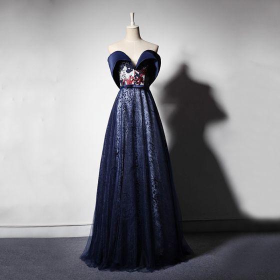 Elegant Navy Blue Evening Dresses  2019 A-Line / Princess Off-The-Shoulder Short Sleeve Bow Sash Appliques Lace Embroidered Flower Floor-Length / Long Ruffle Backless Formal Dresses