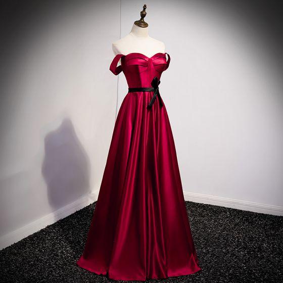 Vintage / Retro Burgundy Satin Prom Dresses 2021 A-Line / Princess Strapless Bow Sleeveless Backless Floor-Length / Long Prom Formal Dresses