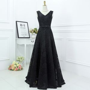 Classic Black Formal Dresses 2017 A-Line / Princess Lace Flower Bow V-Neck Sleeveless Floor-Length / Long Evening Dresses