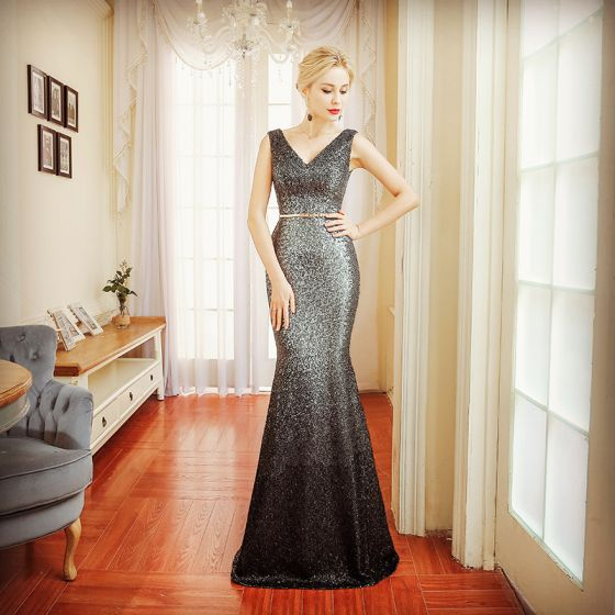 Sparkly Evening Dresses  2018 Trumpet / Mermaid Sleeveless Sequins Sash V-Neck Backless Floor-Length / Long Formal Dresses