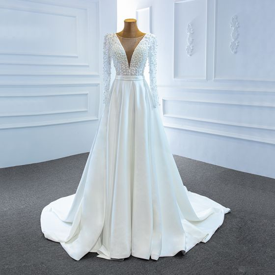 Wysokiej Klasy Białe Satyna Ogród / Outdoor Suknie Ślubne 2020 Princessa Przezroczyste Głęboki V-Szyja Długie Rękawy Bez Pleców Szarfa Frezowanie Perła Podział Przodu Trenem Sweep Wzburzyć