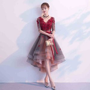 Modern / Fashion Burgundy Cocktail Dresses 2019 A-Line / Princess V-Neck Appliques Bow 1/2 Sleeves Backless Asymmetrical Formal Dresses