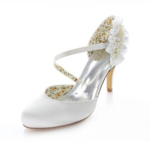 Elegant White Satin Bridal Shoes  Stiletto Heels Pumps With Pearl