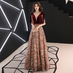 Sexy Burgundy Evening Dresses  2019 A-Line / Princess V-Neck Sleeveless Printing Flower Polyester Beading Sash Floor-Length / Long Ruffle Backless Formal Dresses