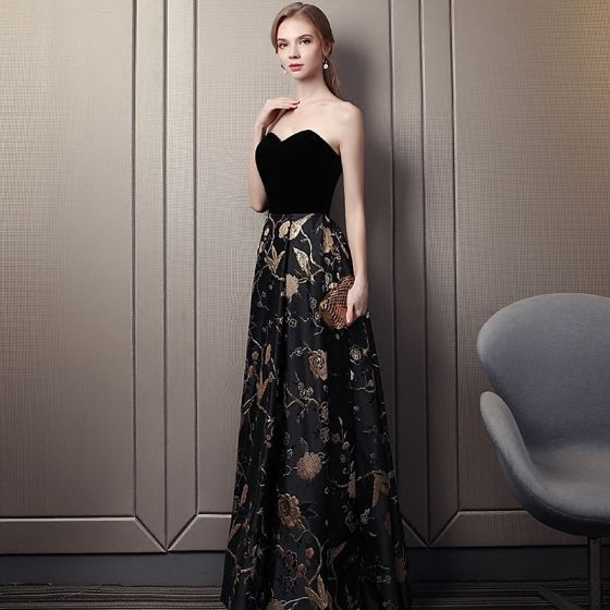 Chic / Belle Noire Doré Robe De Bal 2018 Empire Amoureux Sans Manches Brodé Longue Volants Dos Nu Robe De Ceremonie