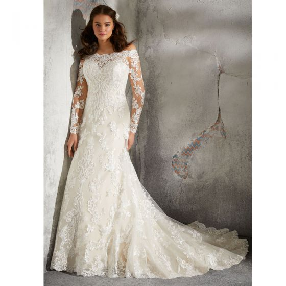 Amazing / Unique Ivory Plus Size Wedding Dresses 2020 Trumpet / Mermaid Off-The-Shoulder Long Sleeve Backless Handmade  Appliques Embroidered Court Train Wedding