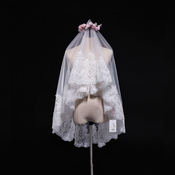 Unieke Witte Huwelijk Korte Tule 1.5 m Appliques Bruidssluier 2018