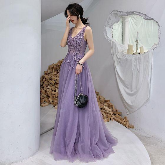 Illusion Lavendel Aftonklänningar 2019 Prinsessa Djup v-hals Appliqués Spets Beading Långa Ruffle Halterneck Formella Klänningar