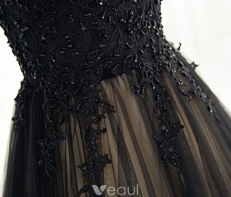 Robes De Bal Vintage 2017 Col Haut Applique Perles Dentelle Noir Avec Champagne Robe De Tulle