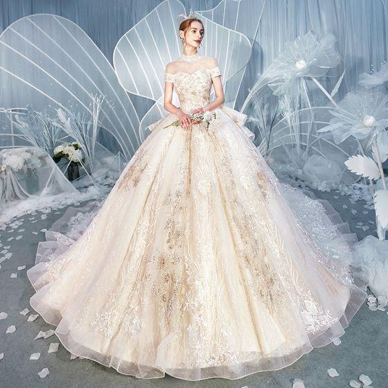 Lyx Champagne Bröllopsklänningar 2019 Balklänning Hög Hals Beading Pärla Paljetter Spets Blomma Korta ärm Halterneck Cathedral Train