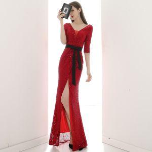 Sexy Rot Pailletten Abendkleider 2020 Meerjungfrau V-Ausschnitt 1/2 Ärmel Stoffgürtel Gespaltete Front Lange Rückenfreies Festliche Kleider