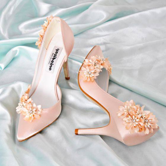 Classy Champagne Bridesmaid Wedding Heels 2019 Leather Satin Appliques Pearl Rhinestone 9 cm Stiletto Heels Pointed Toe Wedding Shoes
