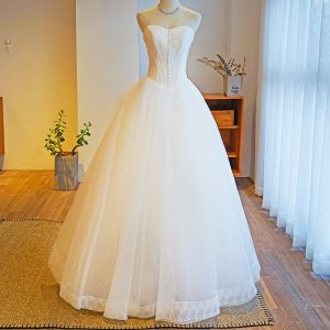Modest / Simple Ivory Wedding Dresses 2019 Ball Gown Strapless Lace Sleeveless Backless Floor-Length / Long