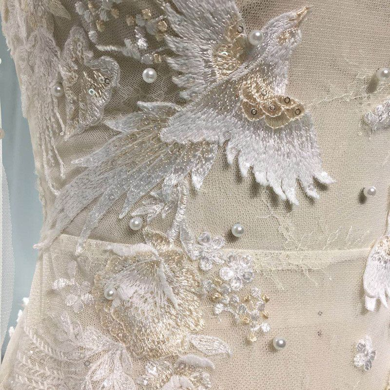 Illusion Sexy See-through Beach Summer Ivory Trumpet / Mermaid Wedding Dresses 2019 Scoop Neck Long Sleeve Appliques Lace Pearl Court Train Ruffle