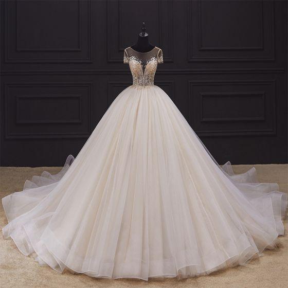 Luksusowe Kość Słoniowa ślubna Suknie Ślubne 2020 Suknia Balowa Przezroczyste Wycięciem Kótkie Rękawy Bez Pleców Cekinami Tiulowe Frezowanie Trenem Katedra Wzburzyć